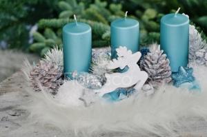 Adventní svícen bílý, adventní svícen modrý