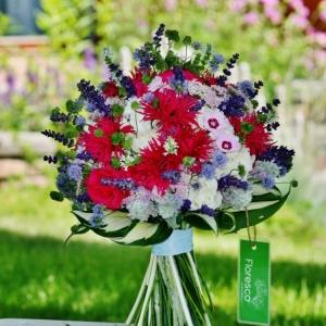 Svatební kytice s levandulí.