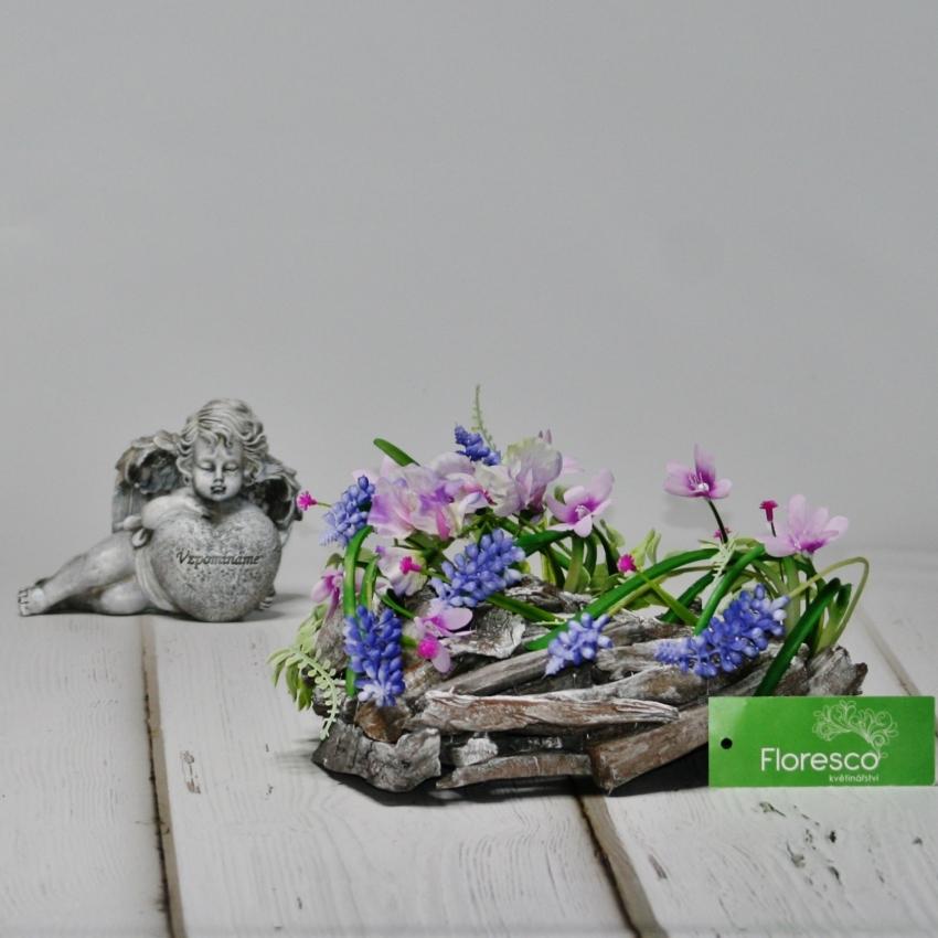Jarní srdce na hrob