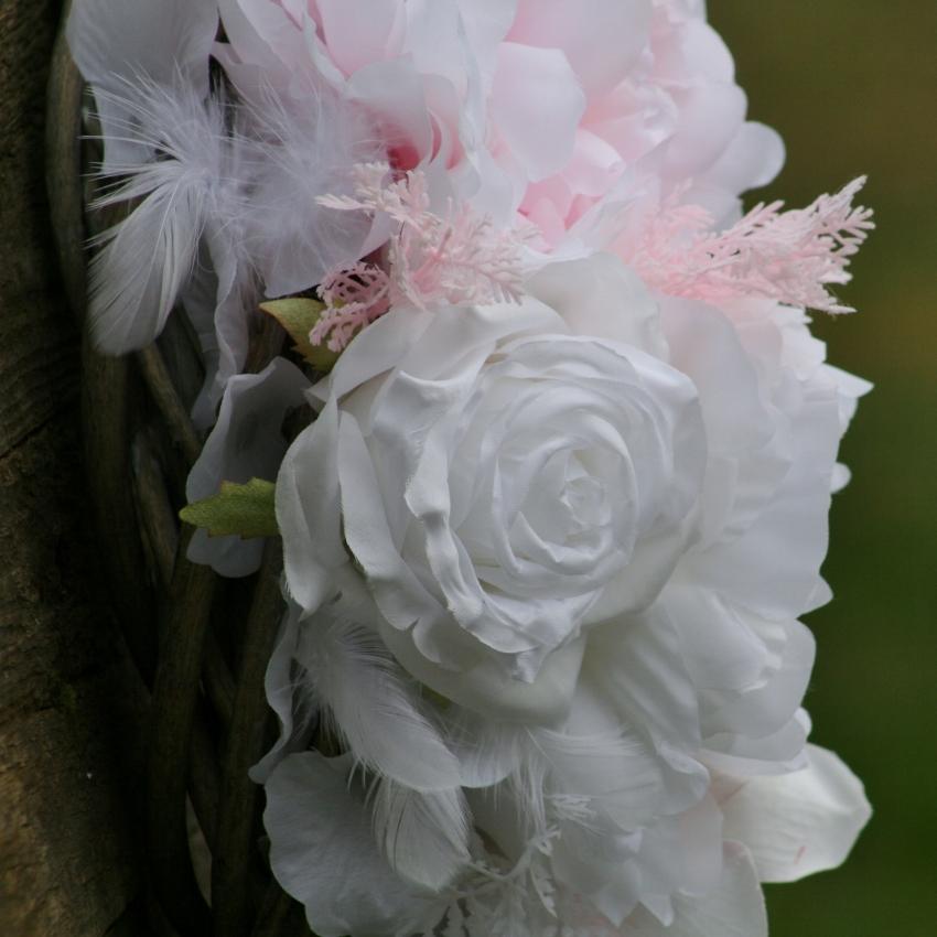 Jarní věnec na dveře