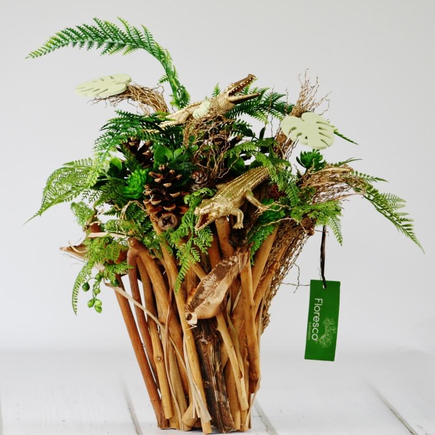 Dekorace z umělých rostlin ve stylu Tropical